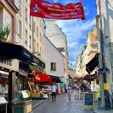 Mouffetard street